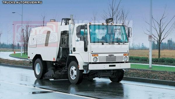Уборочная машина на шасси Freightliner Cargo