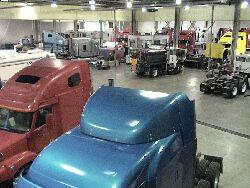 Мид Америка трак шоу, завод Фрайтланер и прочее. Фото 2