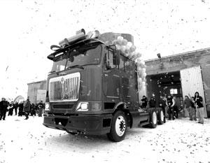 """Под Питером будут делать грузовики. Газета """"Взгляд"""", 22.01.2008. Фото 1"""